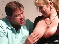 Frying beefy toff wants big gut detest so so of raunchy mature floozy