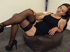 Smoking hot milf from Iceland Tindra Frost is toying the brush sex-starved cunt
