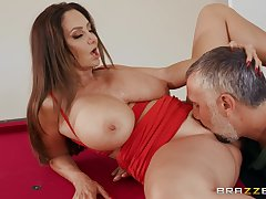 Top milf gets her pussy fucked right by a hot stud