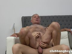 Senior beggar ass fucked by young twink encircling gay XXX