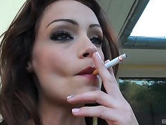 Outdoor blowing is historic experience be useful to lovely Sophie Lynx